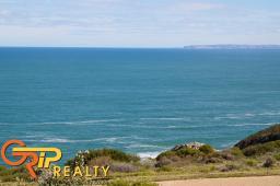 Website: www.breakwaterbay.co.za